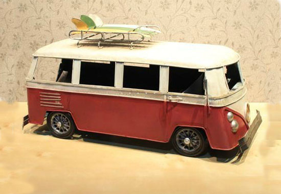 Large Scale White-Red Tinplate Made Bus Model