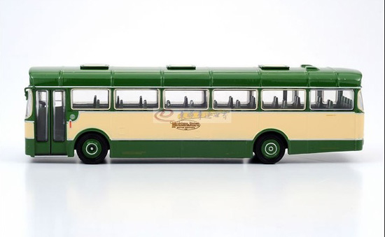 1:76 Scale Green EFE 36 BET 6 Bay Twin Lamps Bus Model