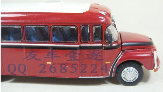 1:72 Scale Red Volvo B376 Bus Model