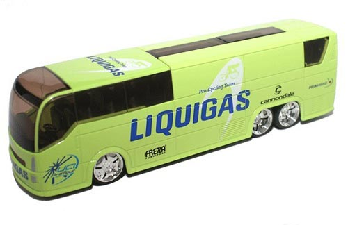 1:50 Scale Light Green TOUR DE FRANCE LIQUIGAS Bus Model
