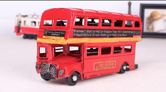 Small Scale Red Tinplate NO. 15 London Double-decker Bus Model