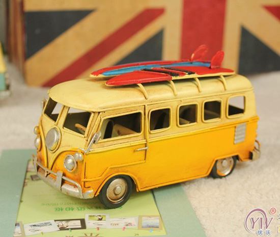Tinplate Black/Yellow Small Scale Sliding Plates Theme Bus Model