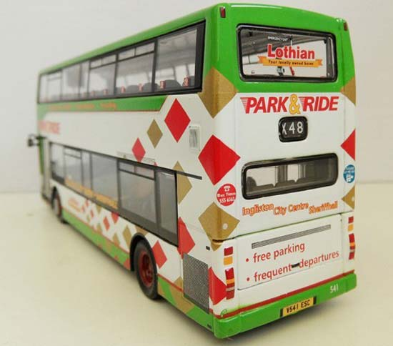 White-Green 1:76 Scale CMNL Double-Decker Bus Model