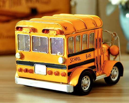 Flexible Roof Medium Scale Yellow Tinplate School Bus Model