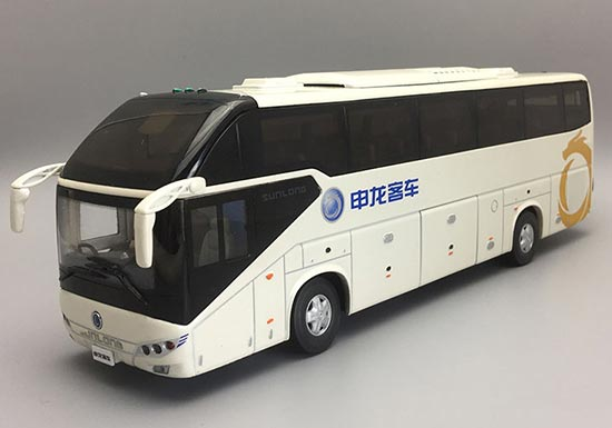 White / Orange 1:42 Die-Cast ShangHai SUNLONG SLK6120 Tour Bus
