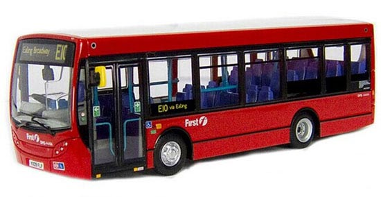 Red 1:76 Scale CMNL Die-Cast UK Dennis Bus Model