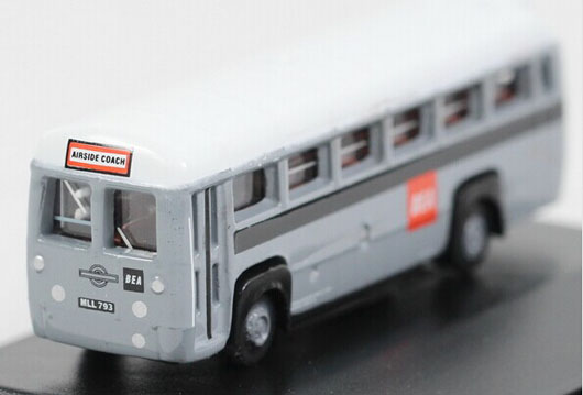 Mini Scale Gray Oxford Die-Cast BEA AEC RF Bus Model
