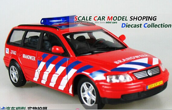 Cararama 1:43 Scale Red Fire Fighting Diecast VW Passat Model
