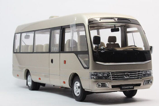 Beige 1:24 Scale Die-Cast TOYOTA COASTER Model