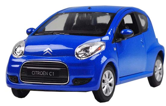 Red 1:24 Scale Welly Diecast Citroen C1 Model