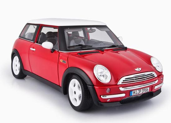 1:18 Scale Red Bburago Diecast MINI Cooper 2001 Model