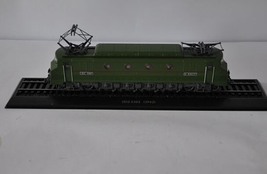 Army Green 1:87 Scale Atlas 2D2 5302 1942 Train Model