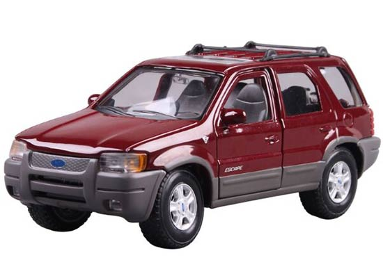 1:24 Scale Wine Red / Blue MaiSto Diecast Ford Escape Model