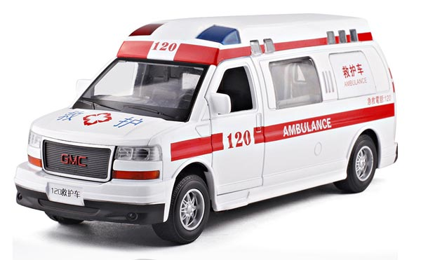 Kids 1:32 Scale White Diecast GMC Ambulance Toy