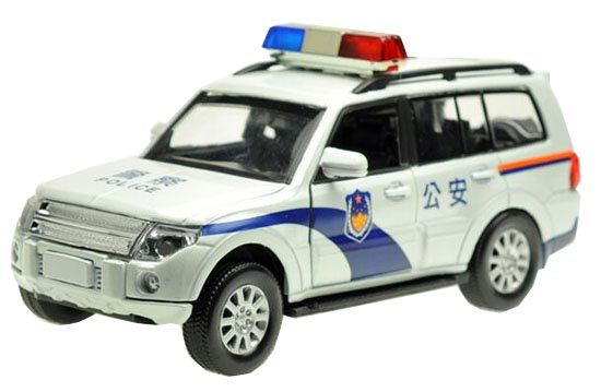 White 1:32 Scale Police Theme Die-Cast Mitsubishi Pajero Toy