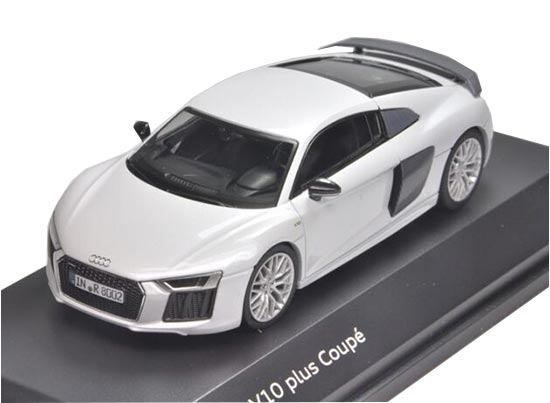 Silver 1:43 Scale Diecast Audi R8 V10 Plus Coupe Model