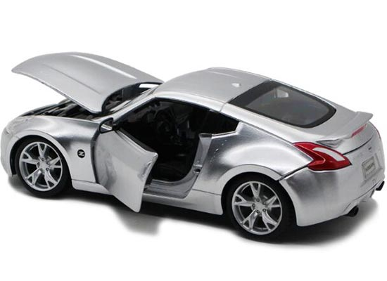 1 24 Scale Silver Red Yellow Maisto Cast Nissan 370z Model