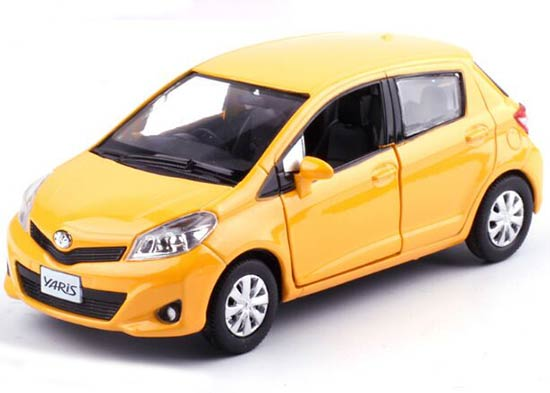 Red / Yellow / Silver / Blue 1:36 Kids Diecast Toyota Yaris Toy