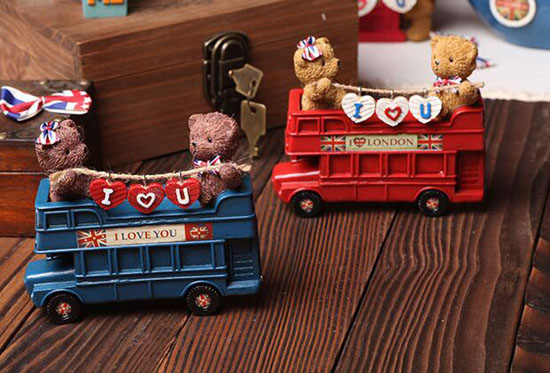 Red / Blue Resin Saving Box London Double Decker Bus Toy