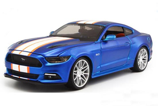 Blue 1:24 Scale Maisto Die-Cast 2015 Ford Mustang GT Model