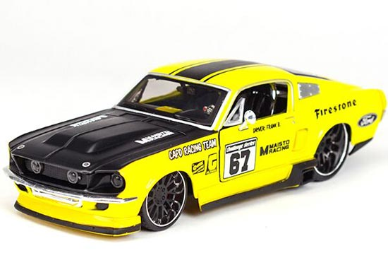 Yellow 1:24 Scale Maisto Diecast 1967 Ford Mustang GT Model