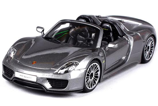Gray 1:24 Scale Bburago Die-Cast Porsche 918 Spyder Model