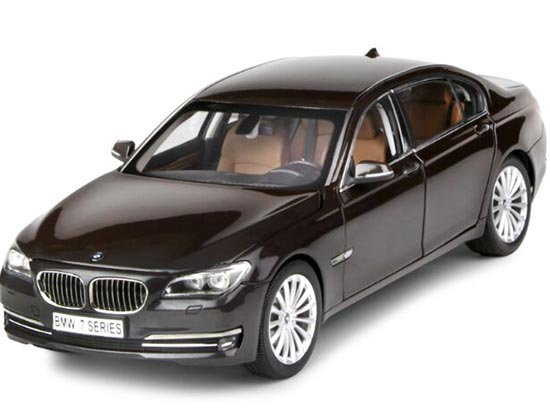 Black / Brown 1:18 Scale Kyosho Die-Cast BMW 750Li Model