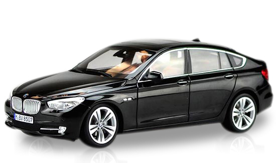 White / Golden / Black 1:18 Diecast BMW 5 Series 535 GT Model