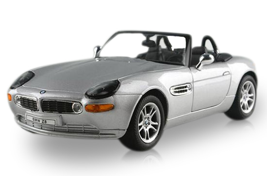 Silver / Red / Black 1:24 Welly Diecast BMW Z8 Model