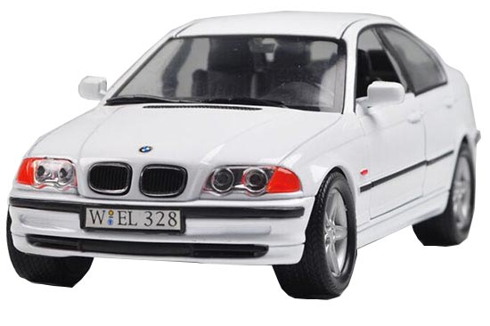 White 1:24 Scale Welly Die-Cast BMW 328i Model