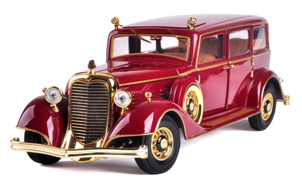 Wine Red 1:18 Diecast 1932 Cadillac Henry PuYi Special Car Model