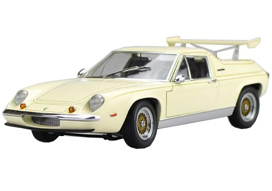 Creamy White 1:18 Kyosho Die-Cast Lotus Europa Special Model