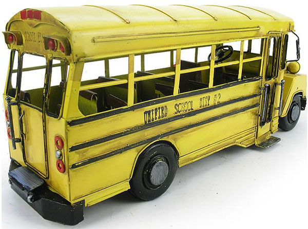Yellow Iron Made Retro Style Classical Yellow School Bus Model