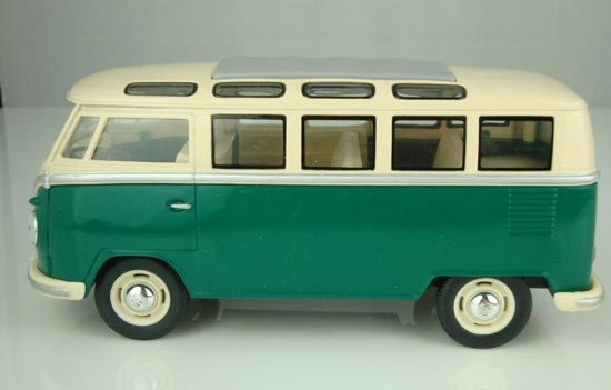 1:24 Scale Red / Blue / Green Retro Style 1962 VW School Bus Toy