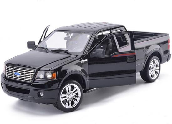 Black 1:18 Scale MaiSto Die-Cast 2006 Ford F150 Pickup Model