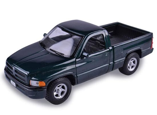 Dark Green 1:26 Scale MaiSto Die-Cast Dodge RAM Pickup Model