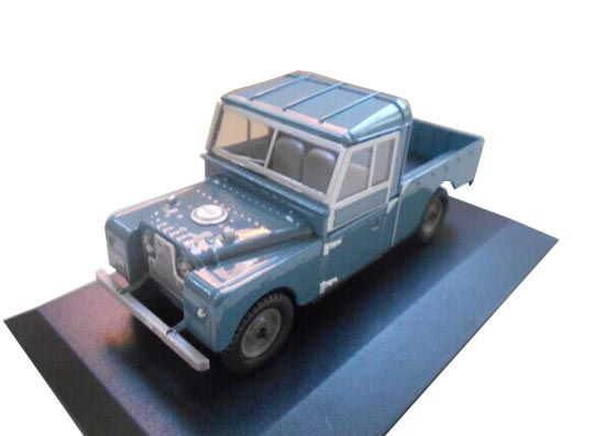 Blue 1:43 Scale OXFORD Die-Cast Land Rover Pickup Truck Model