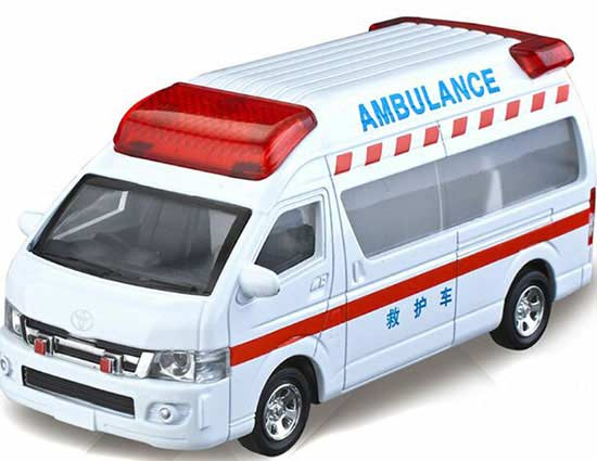 Pull-Back Function 1:32 Scale White Kids Toyota Ambulance Toy