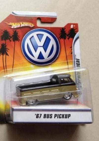 1:50 Scale Diecast Yellow 67 Bus Pick Up VW Toy