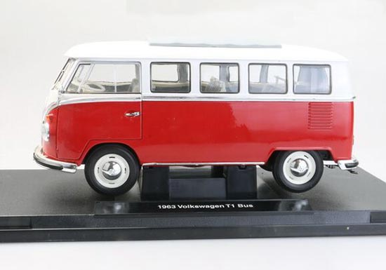 1:18 Large Scale 1962 Red-white Welly VW Microbus Model