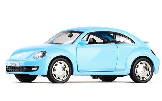 Kids 1:36 Scale White / Blue / Red Diecast VW Beetle Toy