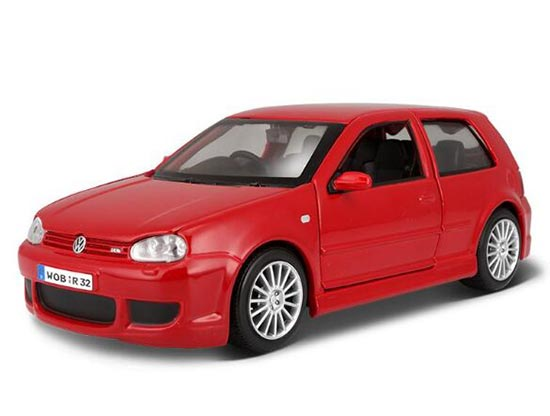 Red 1:24 Scale Maisto Diecast VW Golf R32 Model