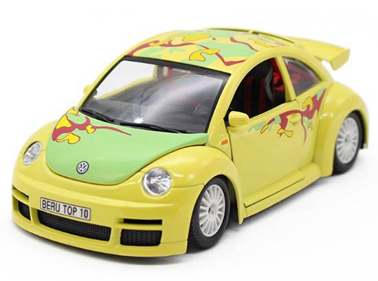 Yellow 1:24 Scale Bburago Diecast VW New Beetle CUP Model