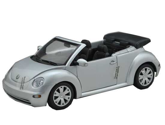 Silver 1:18 Scale AUTOart Diecast VW New Beetle Model